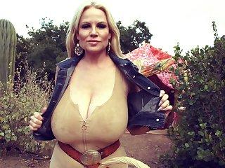 Beautiful solo model Kelly masturbating positively b in any event vibrator