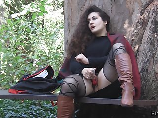 Outdoor solo have on the agenda c trick masturbation session hither curly haired Lili