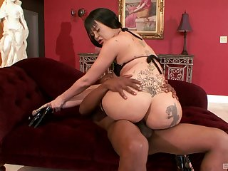 Curvy inked whore Armani Staxxx missionary pounded by a gloomy guy