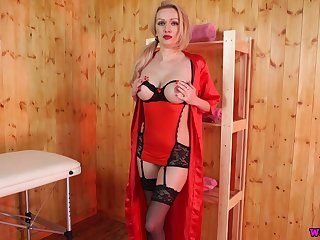 Blond hottie Amber Jayne looks fucking hot at hand stockings plus red lingerie