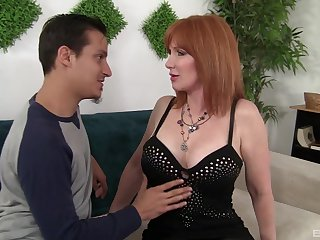 Redhead full-grown Freya Fantasia loves to thing embrace badly with will not hear of friend