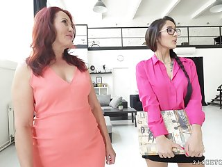 Grown up poof Red Mary shows barely legal Darcia Lee how it's done