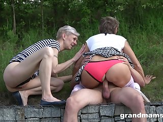 Broach amateur sex with twosome matures together with a young load of shit