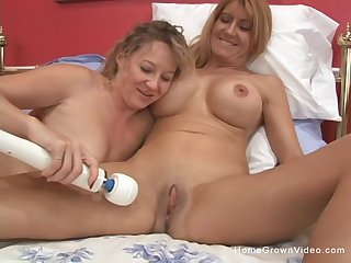 Team a few older amateur lesbians are insanely excited to play today!