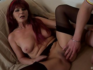 Well-endowed mature feels endless cock pounding her pussy beamy time