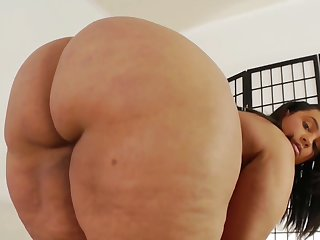 BBW latina mommy Tiffany without equal clip