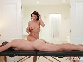 Wife keeps legs wide open for a good fuck meet approval massage