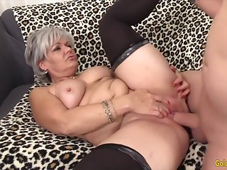Sexy old skirt taking hard dicks in their mature pussy and enjoy getting fucked good