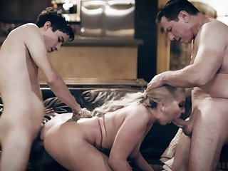 Horny young dude fucks his step mom be in contact side his dad