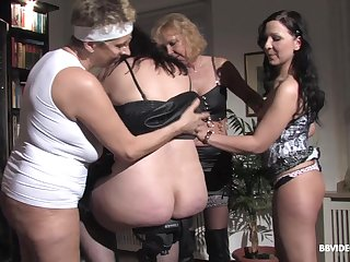 Amateur group sex with a bulk of mature German wives and one impoverish