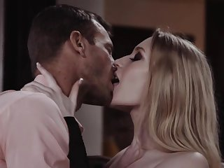 Passionate lover fucks hot blooded babe in arms Emma Starletto and makes their way orgasm