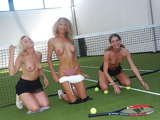 Tennis-partouze, horse sense on adore